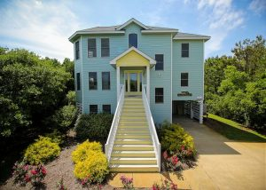 sea the green outer banks large vacation rental exterior
