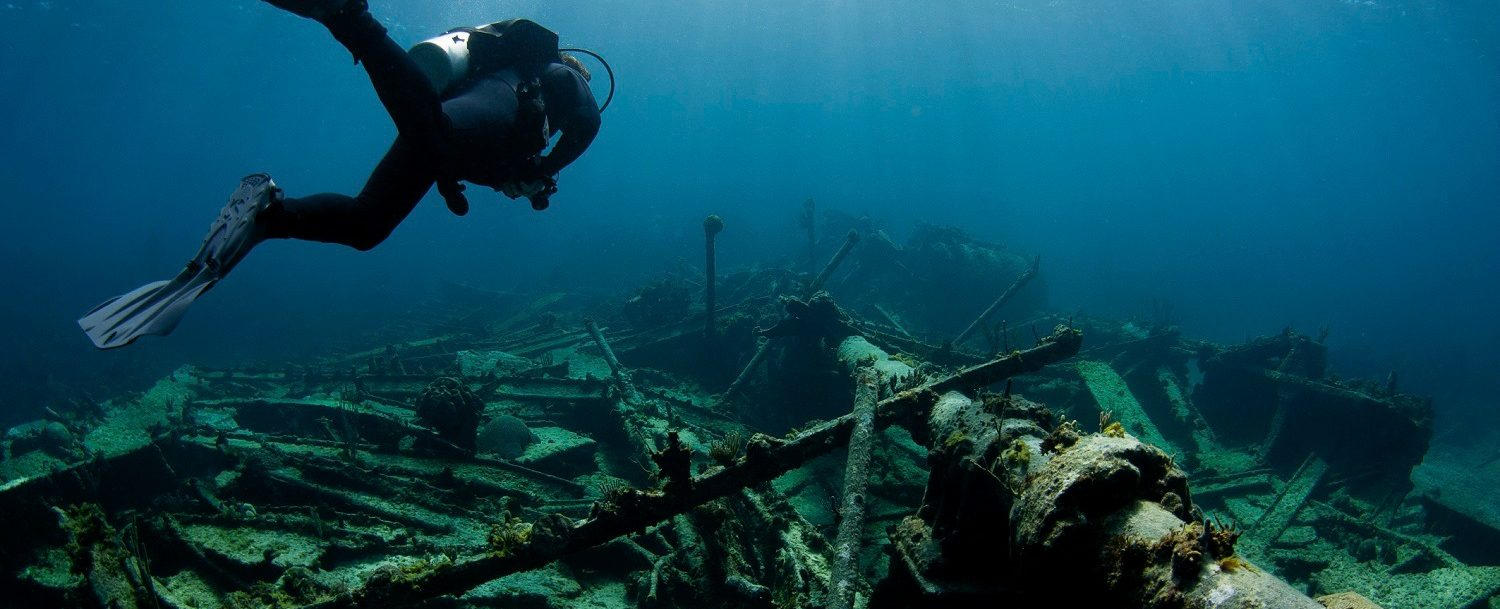 outer banks diving, scuba diving by shipwreck north carolina